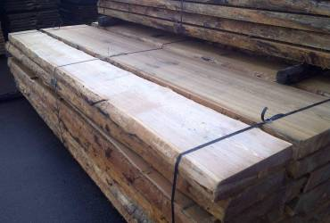 Unedged boards from Siberian Larch